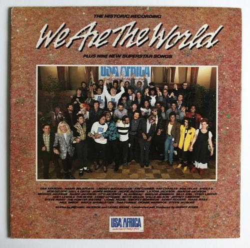经典歌曲《We Are The World》《天下一家》中英文对照歌词