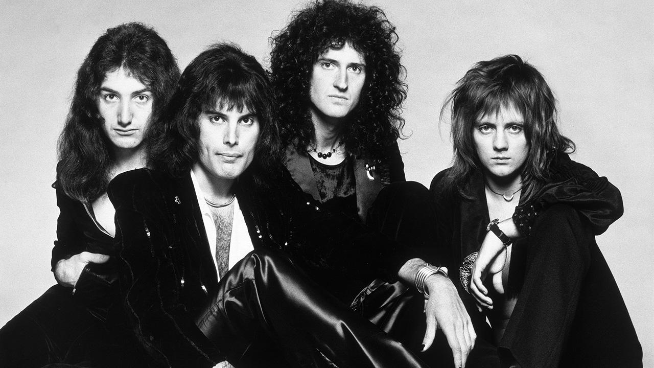 经典歌曲《Bohemian Rhapsody》《波西米亚狂想曲》中英文对照歌词